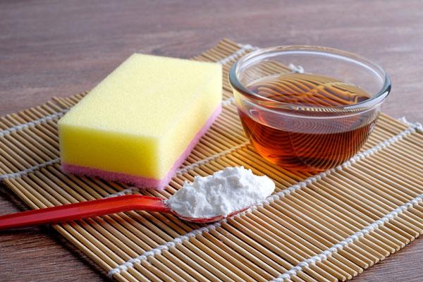DIY Natural Cleaning Tips & Recipes