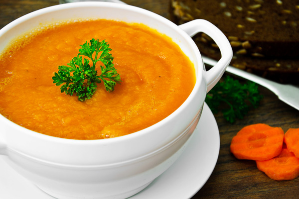 Potato and carrot soup (For 4 people)