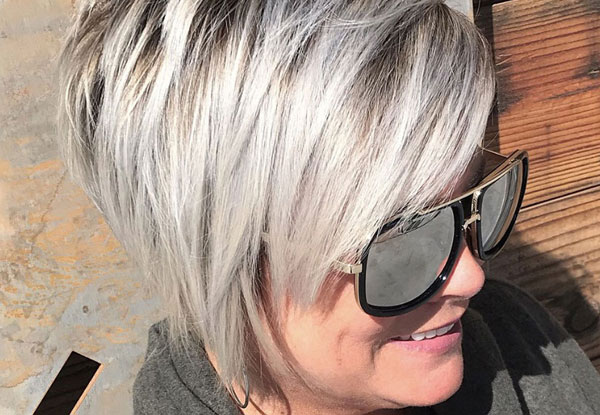 10 HAIRSTYLES FOR WOMEN OVER 40 OR 50
