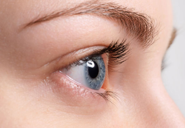 Younger-looking Eyes : Age-appropriate eye makeup