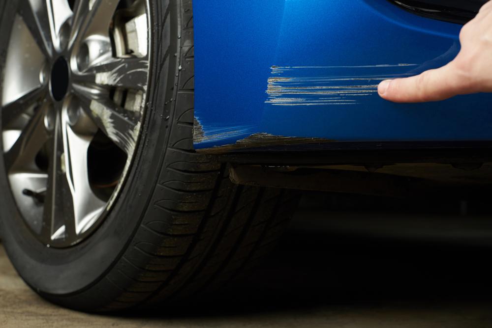 Scratches car